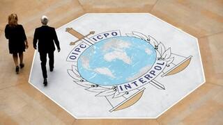 Προειδοποίηση Interpol: Tα εμβόλια πιθανόν να γίνουν στόχος των δικτύων οργανωμένου εγκλήματος