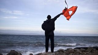 Νέο ναυάγιο με νεκρή μετανάστρια στο Αιγαίο - Μηταράκης: Η Τουρκία είδε αλλά δεν βοήθησε