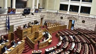 Στη Βουλή οι διατάξεις για τους ασθενείς από κορωνοϊό λογιστές