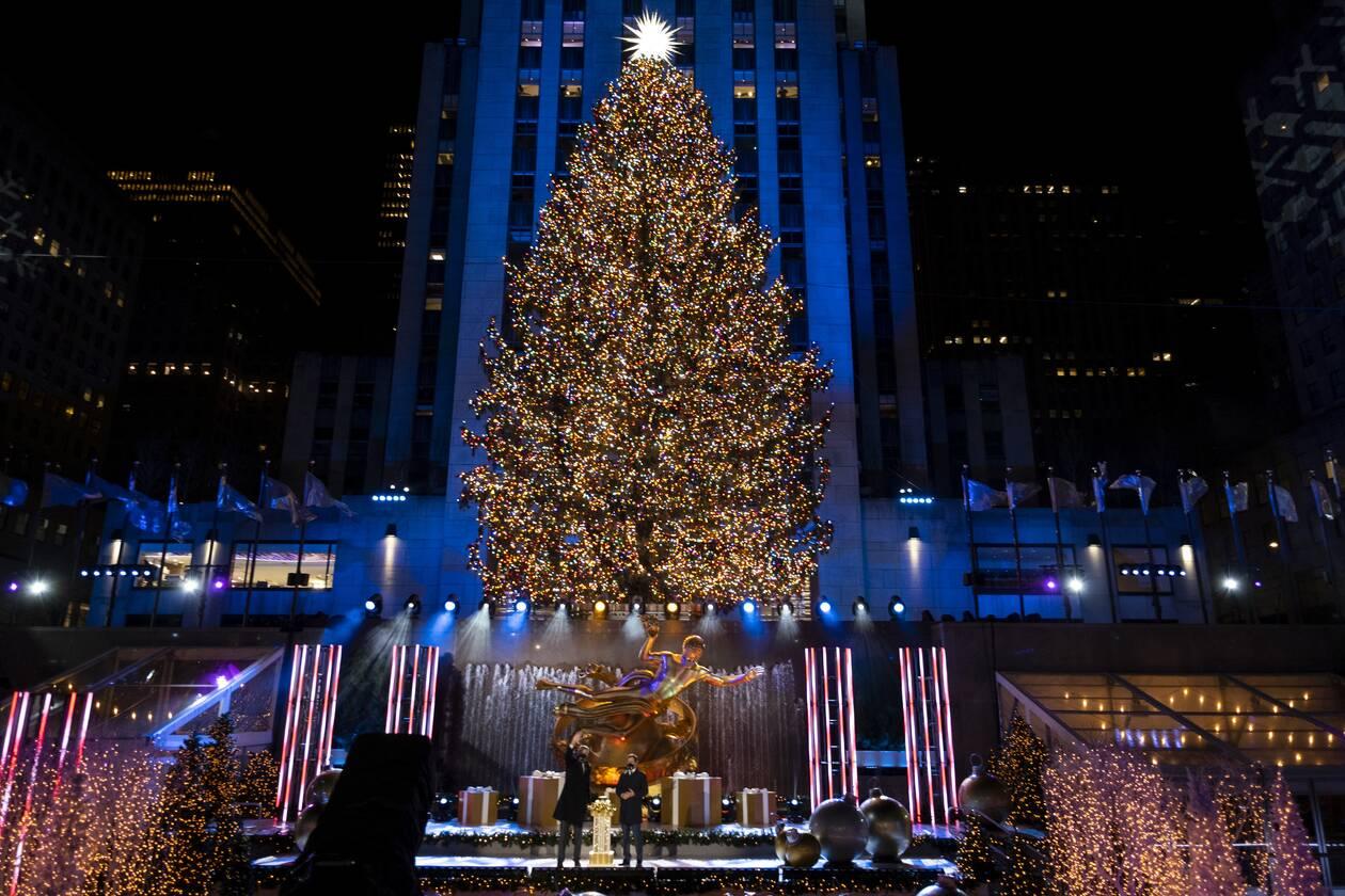 https://cdn.cnngreece.gr/media/news/2020/12/03/245383/photos/snapshot/tree1.jpg