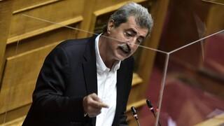 Μια... σφραγίδα για τις πολεοδομικές άδειες δώρισε στην κυβέρνηση ο Πολάκης