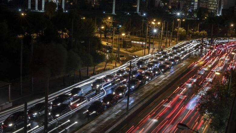 Τέλη κυκλοφορίας 2021: Έως πότε πρέπει να τα εξοφλήσετε - Ποια τα πρόστιμα