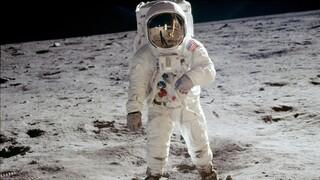 Η NASA πληρώνει εταιρεία 1 δολάριο για να μαζέψει πέτρες από την σελήνη