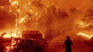 Νέα πύρινη κόλαση στην Καλιφόρνια - Απομακρύνθηκαν 25.000 κάτοικοι