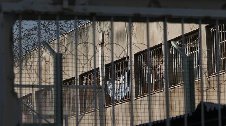 Έρευνα στις φυλακές Κορυδαλλού – Τι βρήκαν οι Αρχές