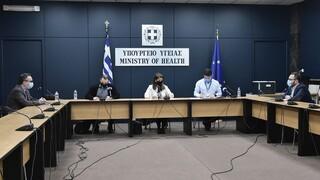 Κορωνοϊός: Δεν σπάει η αλυσίδα της μετάδοσης - Γεμάτες οι ΜΕΘ