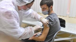 Κορωνοϊός - Ρωσία: Ξεκίνησε η διανομή του εμβολίου Sputnik V στη Μόσχα