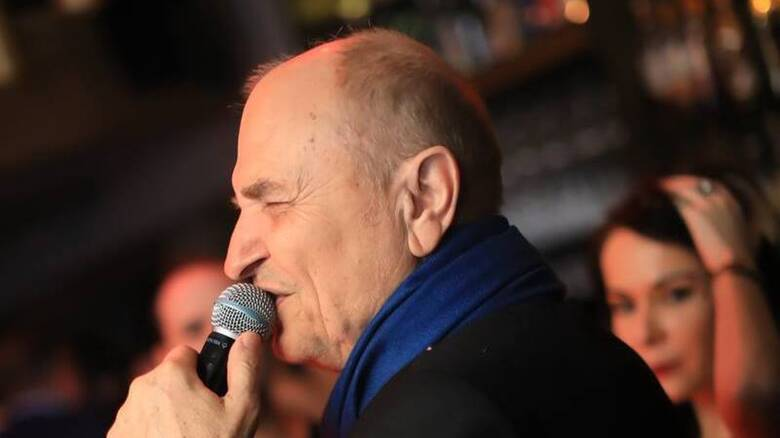 Χάρης Γαλανός: Πέθανε ο τραγουδιστής - Είχε νοσήσει από κορωνοίό