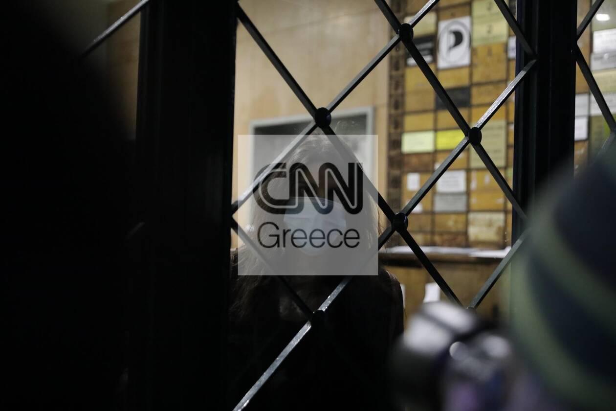 https://cdn.cnngreece.gr/media/news/2020/12/06/245774/photos/snapshot/astynomia-stoa-4.jpg