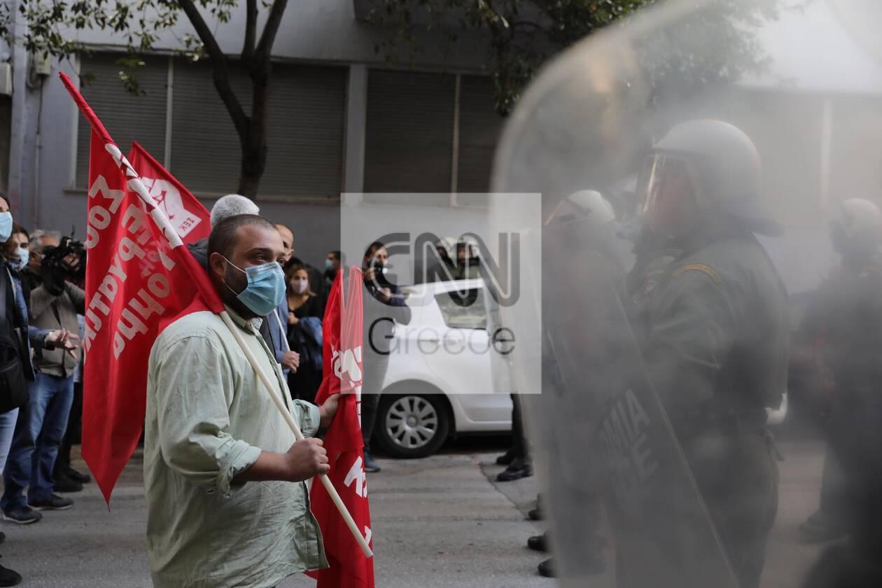 https://cdn.cnngreece.gr/media/news/2020/12/06/245774/photos/snapshot/sek2.jpg