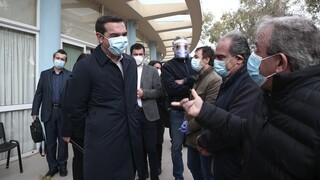Πολιτική κόντρα για τα δημοσιεύματα μετακόμισης του Τσίπρα από την Κυψέλη
