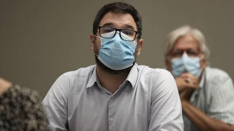 Ηλιόπουλος: Θετική εξέλιξη το εμβόλιο, αλλά δεν αποτελεί άλλοθι για τη μη ενίσχυση του ΕΣΥ