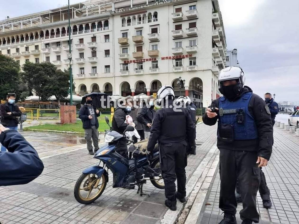 https://cdn.cnngreece.gr/media/news/2020/12/06/245784/photos/snapshot/elas-2--thessaloniki.jpg