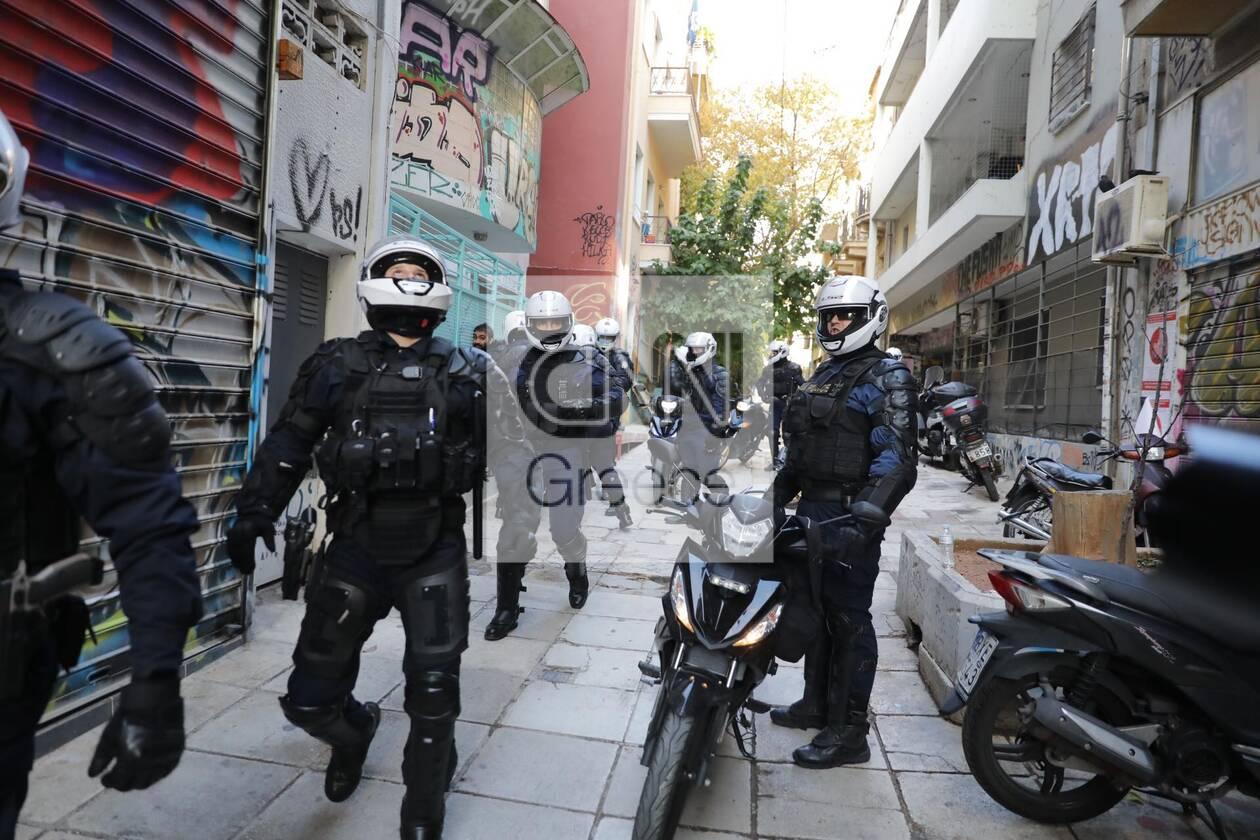 https://cdn.cnngreece.gr/media/news/2020/12/06/245792/photos/snapshot/exarxeia-1.jpg