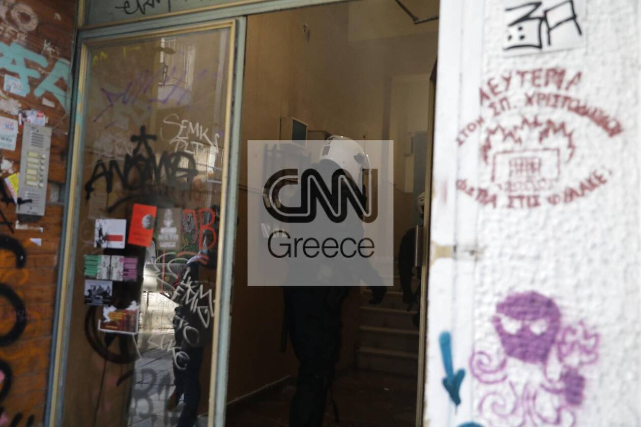 https://cdn.cnngreece.gr/media/news/2020/12/06/245792/photos/snapshot/exarxia-2.jpg