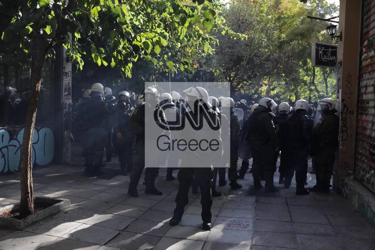 https://cdn.cnngreece.gr/media/news/2020/12/06/245792/photos/snapshot/exarxia-4.jpg