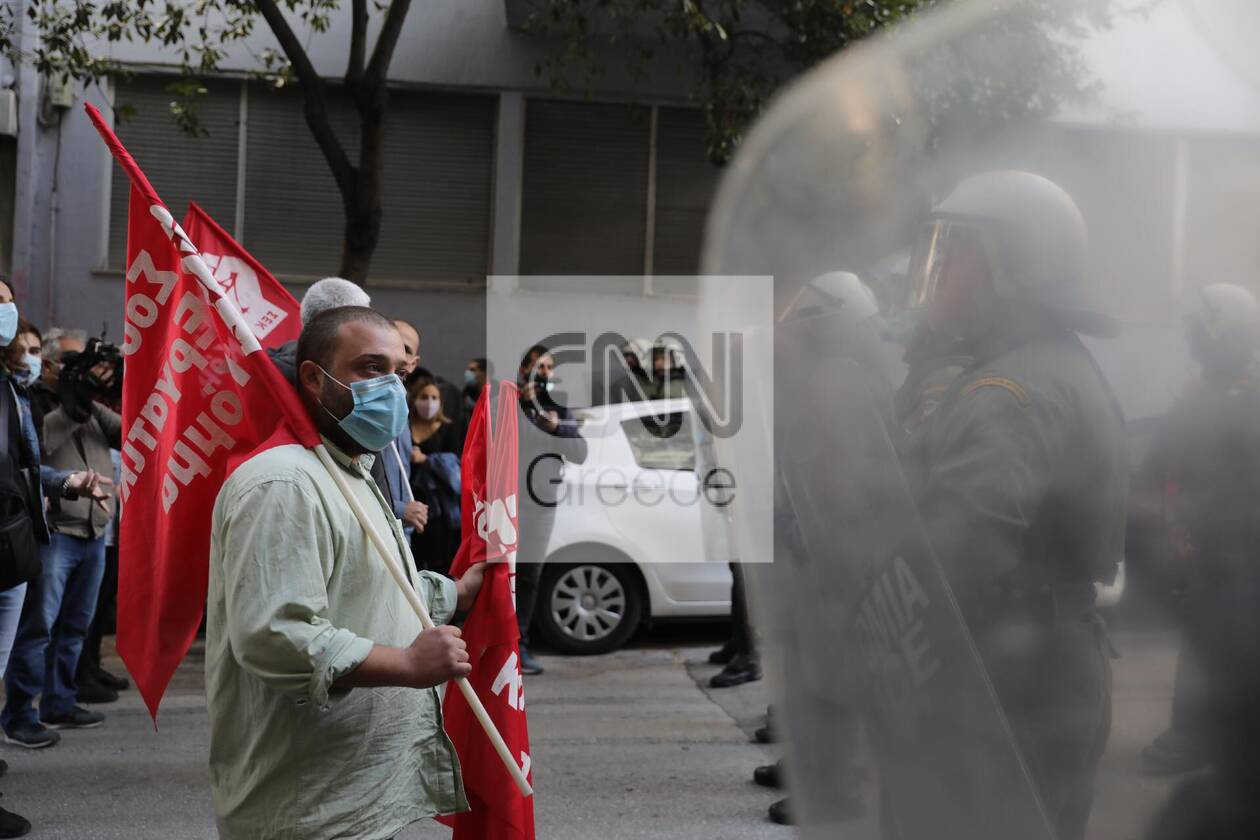 https://cdn.cnngreece.gr/media/news/2020/12/06/245792/photos/snapshot/sek2.jpg