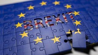 «Σύννεφα» πάνω από το Brexit: Απαισιοδοξία Μπαρνιέ για συμφωνία - Έτοιμος να αποχωρήσει ο Τζόνσον