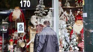 Κορωνοϊός: Άνοιξαν τα εποχικά καταστήματα – Η επίσκεψη από τους πρώτους καταναλωτές