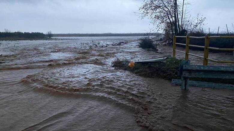 Κακοκαιρία στην Πιερία: Αντλήσεις υδάτων σε περιοχές της Κατερίνης και του Λιτοχώρου