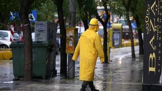 Καιρός: Συνεχίζεται η κακοκαιρία με βροχές και καταιγίδες σε όλη τη χώρα σήμερα