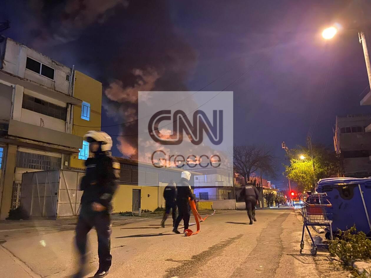 https://cdn.cnngreece.gr/media/news/2020/12/08/246138/photos/snapshot/mosxato-1.jpg