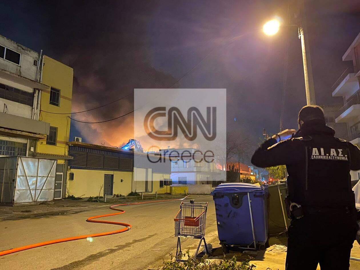 https://cdn.cnngreece.gr/media/news/2020/12/08/246138/photos/snapshot/mosxato-3.jpg