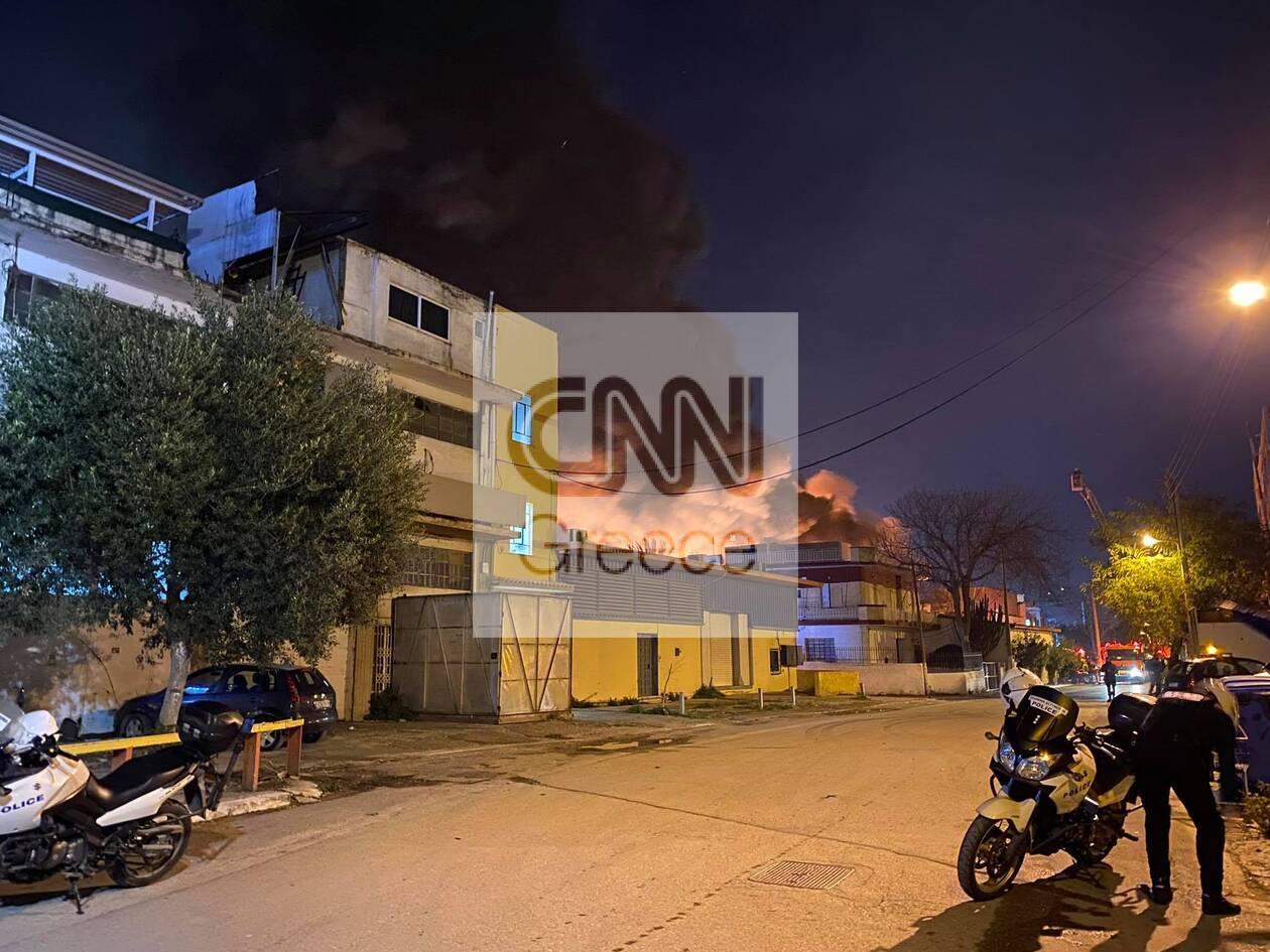 https://cdn.cnngreece.gr/media/news/2020/12/08/246138/photos/snapshot/mosxato-5.jpg