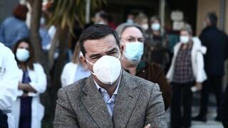 Τσίπρας: Ακόμα ένας γιατρός χάθηκε χθες άδικα στα Γιαννιτσά