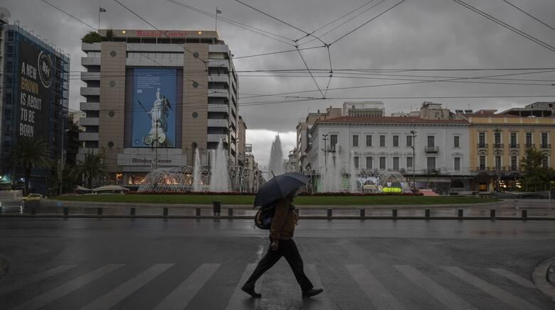 Κορωνοϊός: Πάνω από 300 κρούσματα σε Αττική και Θεσσαλονίκη - Τριψήφιος αριθμός πάλι στη Λάρισα