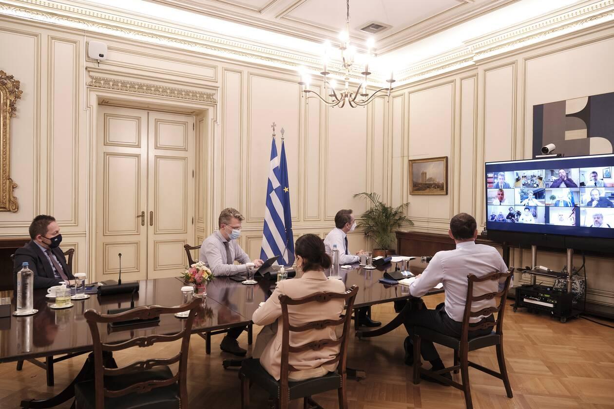 https://cdn.cnngreece.gr/media/news/2020/12/09/246253/photos/snapshot/mitsotakis-3.jpg