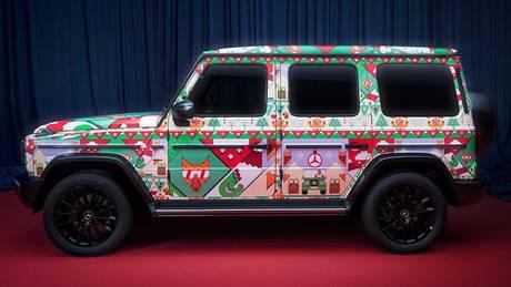 H Mercedes τρολάρει τα πολύχρωμα, κιτς εορταστικά πουλόβερ