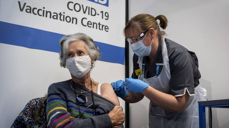 Κορωνοϊός: «Όχι» του EMA για διαδικασίες-εξπρές στην έγκριση των εμβολίων