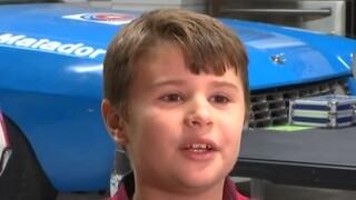 Βιρτζίνια: Αγοράκι που επέζησε ατυχήματος με γουρούνα, προσφέρει κράνη