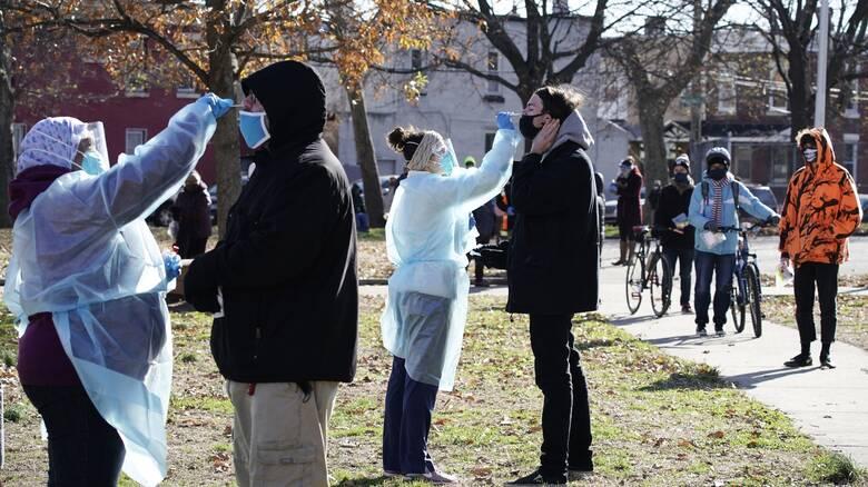 ΗΠΑ: Αυστηρή προειδοποίηση κατά των εορταστικών πάρτι - Στους 3.000 οι θάνατοι σε ένα 24ωρο