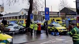 Συναγερμός στο Λονδίνο: Αυτοκίνητο παρέσυρε πεζούς - Πέντε τραυματίες