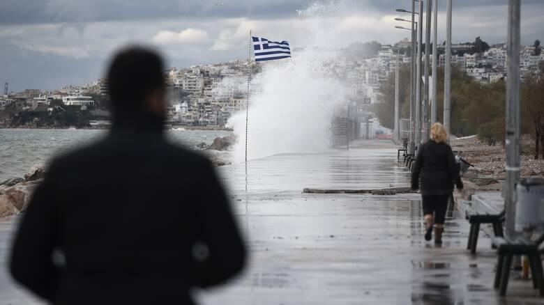 Καιρός: Ραγδαία επιδείνωση με βροχές και καταιγίδες - Ποιες περιοχές επηρεάζονται