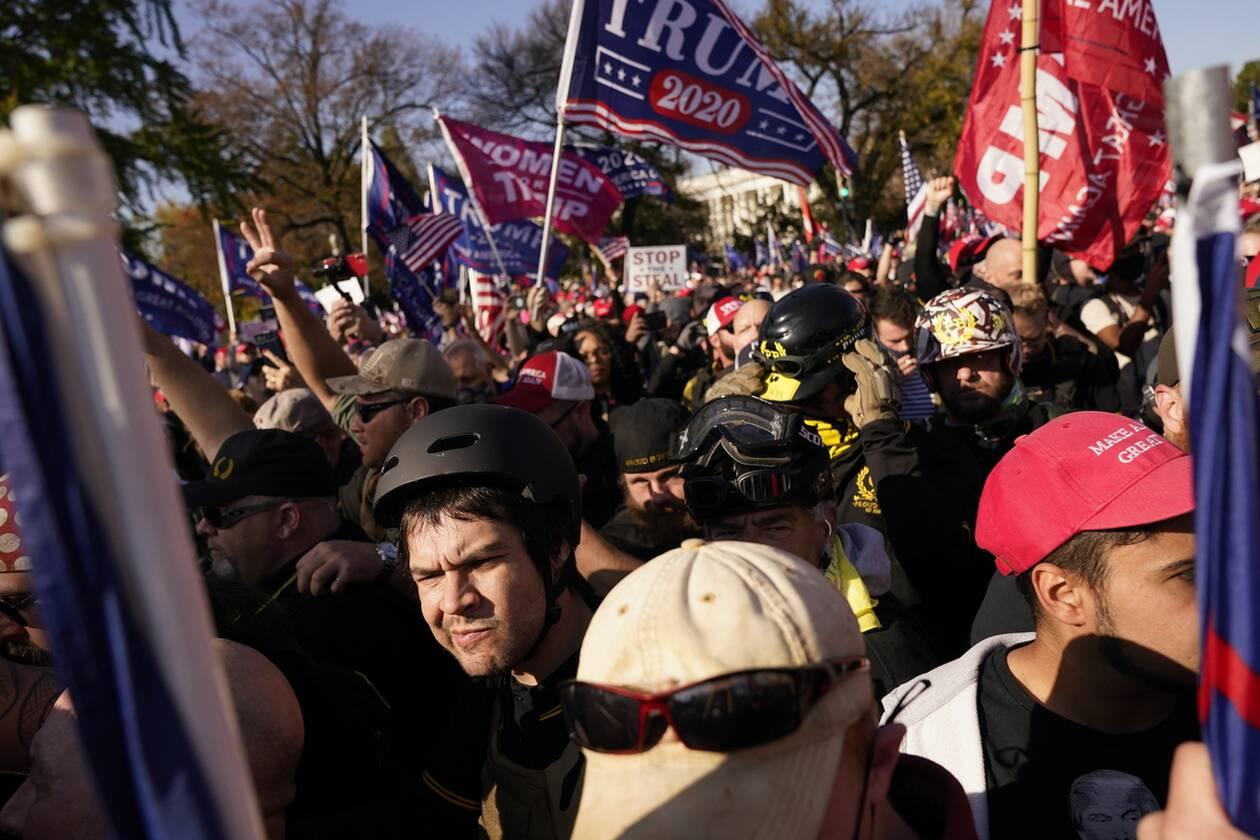 https://cdn.cnngreece.gr/media/news/2020/12/13/246669/photos/snapshot/hpa_diadiloseis_trump-3.jpg