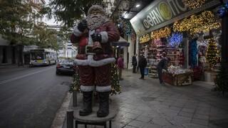 Κορωνοϊός: Άνοιγμα χριστουγεννιάτικης αγοράς υπό δαμόκλειο σπάθη