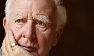 Τζον Λε Καρέ: Ο συγγραφέας που έδωσε ανθρώπινο πρόσωπο στον Ψυχρό Πόλεμο