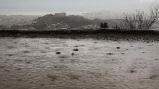 Κακοκαιρία: Μεγάλα ύψη βρχής σε Αττική, Χίο και Σκιάθο - Βελτίωση από το απόγευμα
