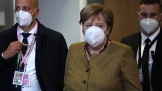 Bild: Πιέσεις Μέρκελ προς EMA να εγκρίνει νωρίτερα το εμβόλιο της Pfizer