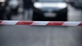 Πυροβολισμοί στο Περιστέρι: «Καρτέρι» έξω από μάντρα αυτοκινήτων - Ένας τραυματίας