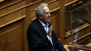 Προϋπολογισμός 2021: Από λάθος καταψήφισε τις δαπάνες του υπουργείου Εθνικής Άμυνας ο Σκανδαλίδης
