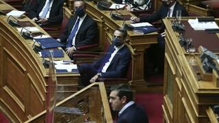 Σύγκρουση Μητσοτάκη - Τσίπρα καθ' υπέρβαση του… Προϋπολογισμού