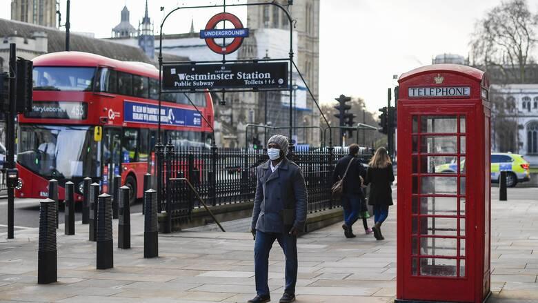 Το τρις... εξαμαρτείν στο Λονδίνο: Κλείνουν ξανά παμπ και εστιατόρια