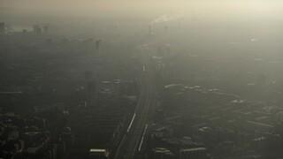 Ιστορική απόφαση στη Βρετανία: Δικαστήριο αναγνώρισε ως αιτία θανάτου την ατμοσφαιρική ρύπανση