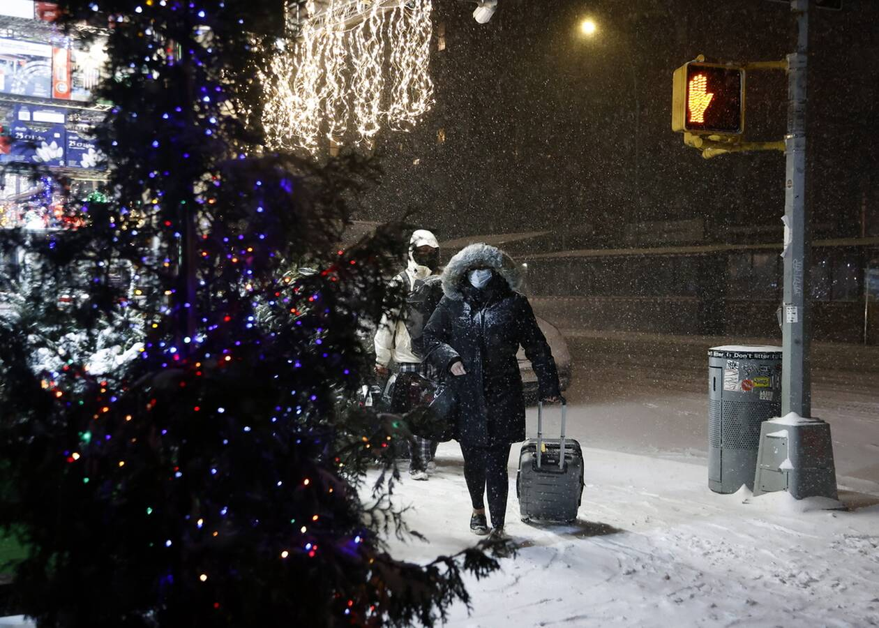 https://cdn.cnngreece.gr/media/news/2020/12/17/247182/photos/snapshot/nea_yorkikakokairia-3.jpg