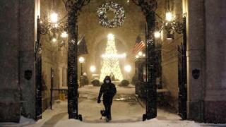 Ισχυρή χιονοθύελλα πλήττει τις ΗΠΑ - «Λευκά» Χριστούγεννα στη Νέα Υόρκη
