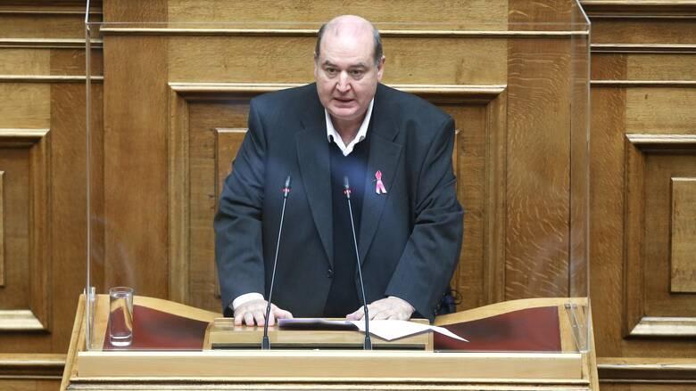 Τροπολογία ΣΥΡΙΖΑ: Να μην εφαρμοστεί φέτος η Τράπεζα Θεμάτων
